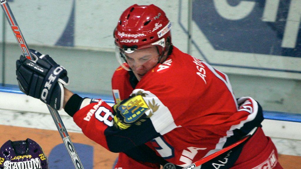 Nicklas Grossmann i SSK-tröjan 2004.