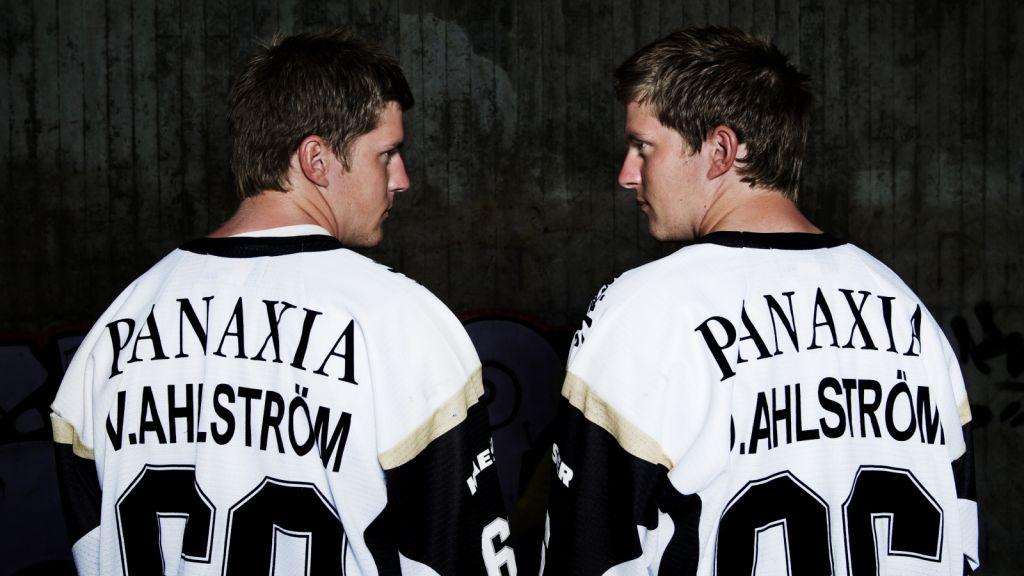 Har inte spelat på ett år – nu får tvillingarna chansen i AIK