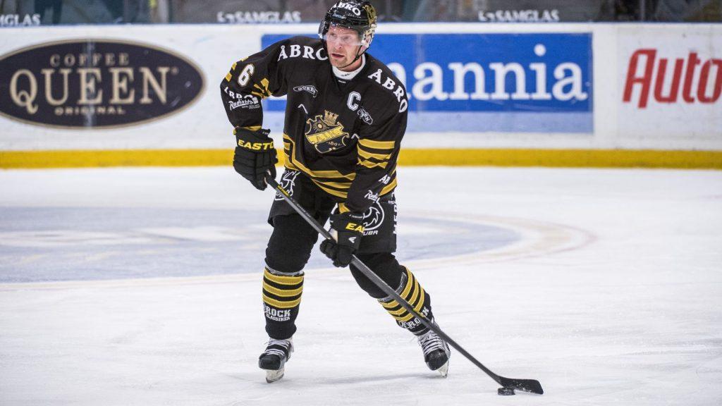 Pappa Dick Tärnström i AIK-dressen.