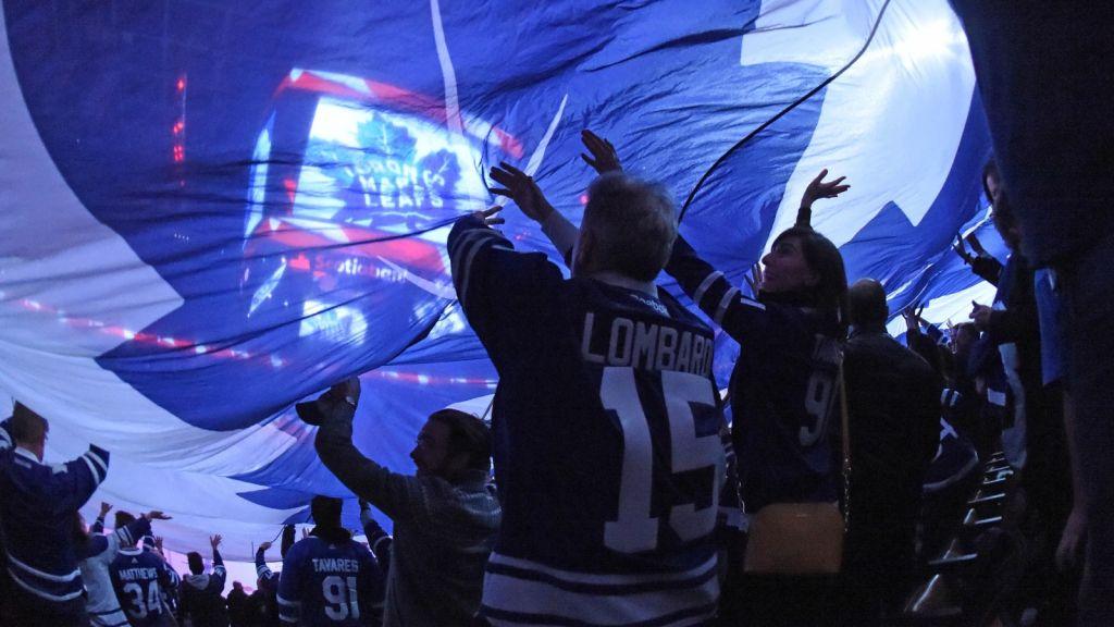Toronto lever för sitt Maple Leafs.