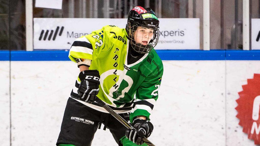 Hanna Thuvik i Trollhättans tröja.