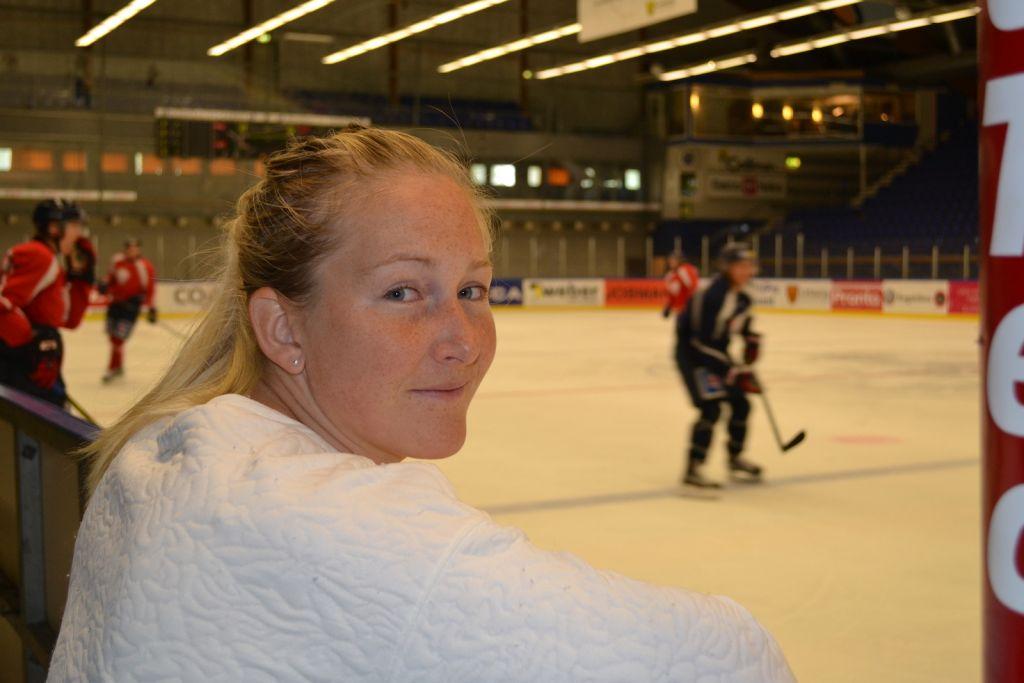 Inför säsongen valde Kim Martin Hasson att lämna över sportchefsjobbet till Josef Nilsson för att sedan återkomma som sportchef igen.