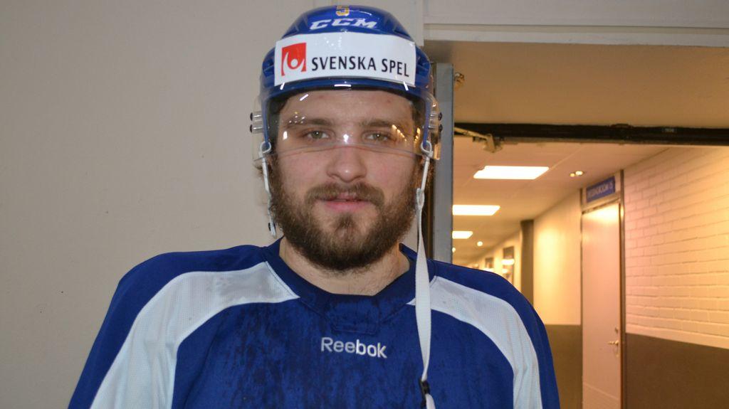 Mikael Wikstrand har gjort succé i KHL och hyllades ordentligt av landslagscoacherna.