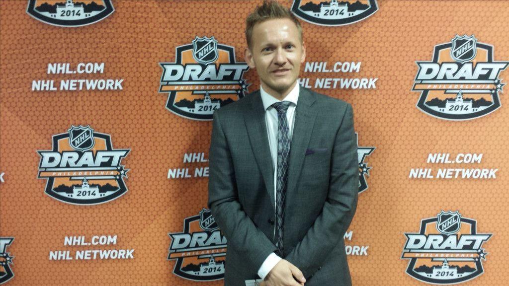 Johan Nilsson under NHL-draften 2014 i Philadelphia.