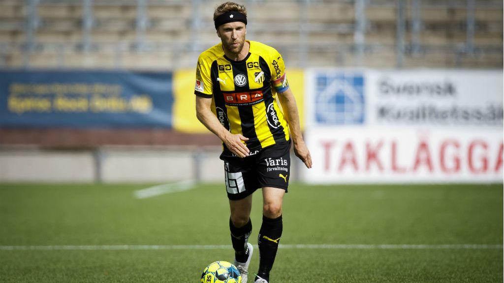 Har skrivit på lagom till AIK -