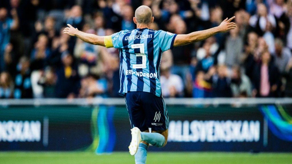 Marcus Danielsons debut är unik - och intressant på mänga sätt - FotbollDirekt