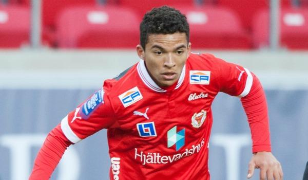Den defensive mittfältaren, född i december 1994, har fått speltid i båda Kalmars inledande matcher, och dessutom imponerat under försäsongen och Svenska cupen.