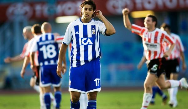 2006 var inget lyckat år för svenska lag i Europa. Även IFK Göteborg åkte på pumpen i kvalet till Uefacupen - mot irländska Derry City. Både hemma och borta förlorade göteborgarna med 0-1.