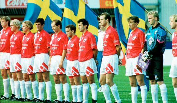 I september 1993 spelades det mest uppmärksammade derbyt mellan Örebro och Degerfors – men inte av positiva anledningar. I en tuff duell med ÖSK-backen Lars Zetterlund bröt Degerfors-stjärnan Ulf Ottosson benet på två ställen. Publiktrycket mot domaren eskalerade och flera domslut som gynnade bortalaget fick stämningen att urarta. Domaren, Lennart Elofson från Halmstad mordhotades efter matchen och erkände dessutom: