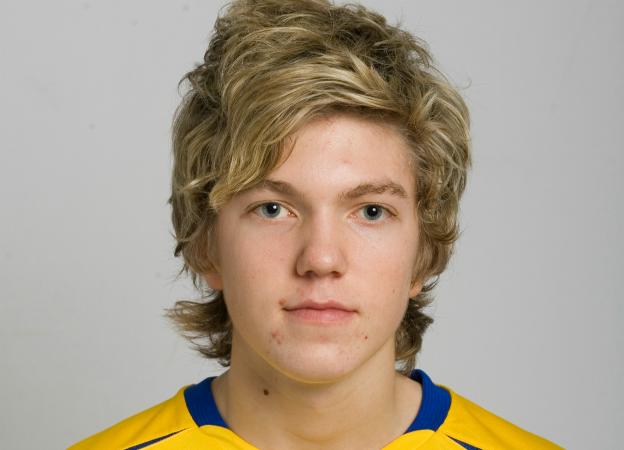 Martin Broberg, 16 vårar, i P90-landslaget.